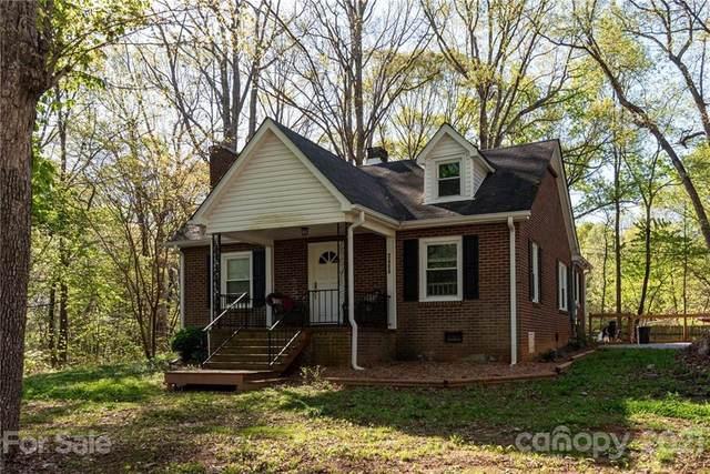 3488 E Nc Highway 150 Highway E, Lincolnton, NC 28092 (#3727786) :: Besecker Homes Team