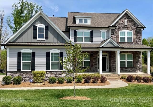 13729 Sunset Bluffs Circle, Huntersville, NC 28078 (#3728204) :: Besecker Homes Team