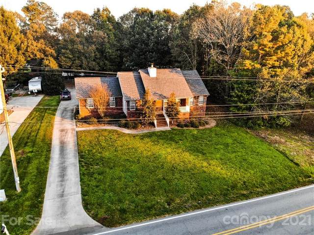 5180 Davidson Road, Davidson, NC 28036 (#3728259) :: Besecker Homes Team