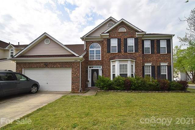 11010 Woods Corner Court, Charlotte, NC 28277 (#3728301) :: Scarlett Property Group