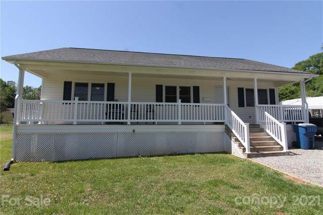201 Eastwood Drive, Mount Holly, NC 28120 (#3728335) :: Carolina Real Estate Experts