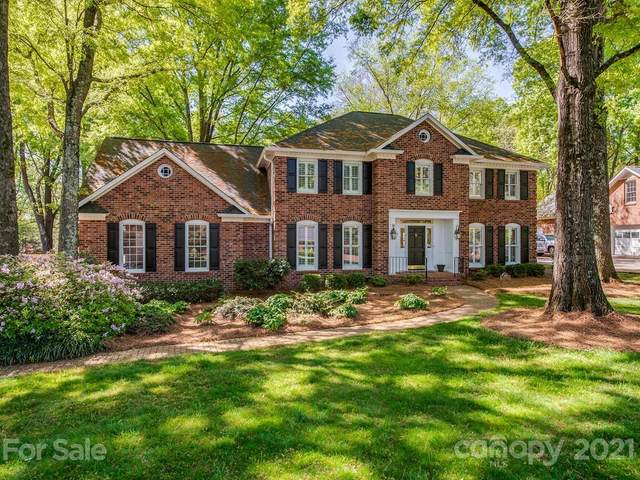 3906 Sharon View Road, Charlotte, NC 28226 (#3728543) :: Home and Key Realty