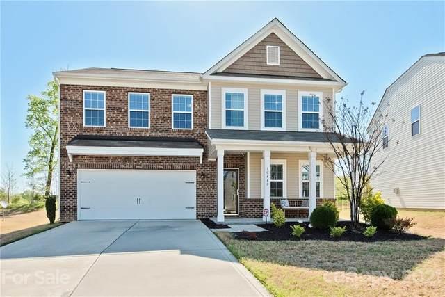 10440 Hillsborough Street, Huntersville, NC 28078 (#3728683) :: Besecker Homes Team