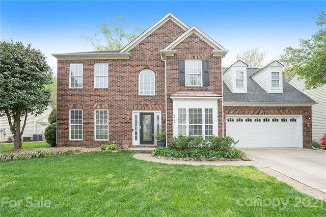 7722 Epping Forest Drive, Huntersville, NC 28078 (#3728812) :: LePage Johnson Realty Group, LLC