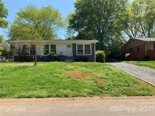 4021 Crestridge Drive, Charlotte, NC 28217 (#3728910) :: The Mitchell Team