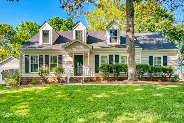 6325 S Point Drive, Charlotte, NC 28277 (#3728929) :: The Ordan Reider Group at Allen Tate