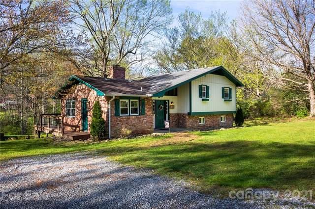 58 Cross Keys Lane, Hendersonville, NC 28792 (#3729020) :: BluAxis Realty