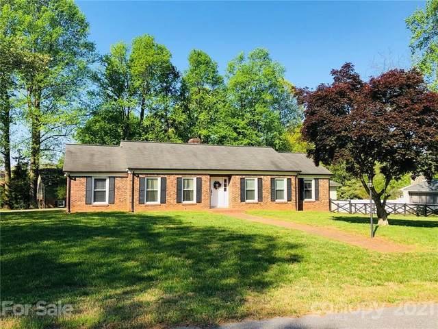743 Fernwood Road, Lincolnton, NC 28092 (#3729093) :: Besecker Homes Team