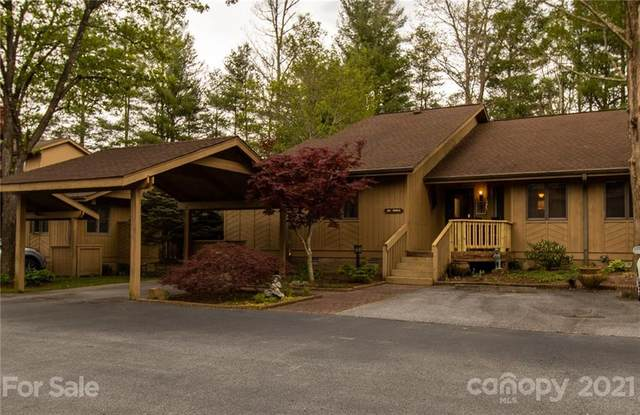 202 N Scarlet Oak Lane, Hendersonville, NC 28791 (#3729133) :: NC Mountain Brokers, LLC