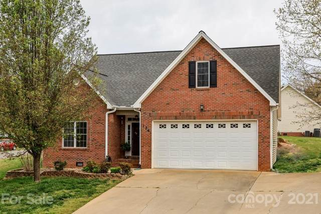 136 Creekside Drive, Shelby, NC 28152 (#3729297) :: The Allen Team