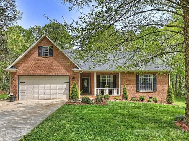 108 Kingfisher Drive, Mooresville, NC 28117 (#3729685) :: The Ordan Reider Group at Allen Tate