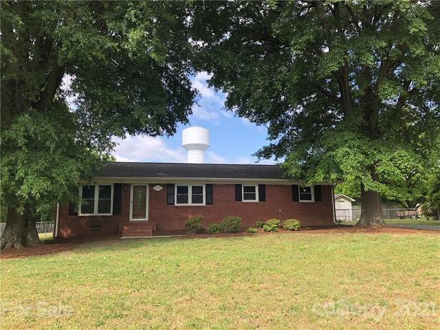 2632 Community Park Drive, Matthews, NC 28104 (#3730021) :: Burton Real Estate Group