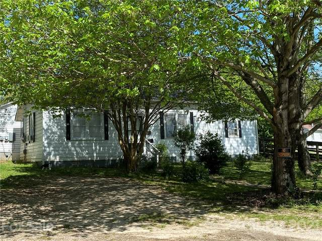 413 Edwards Street, Lincolnton, NC 28092 (#3730044) :: Robert Greene Real Estate, Inc.