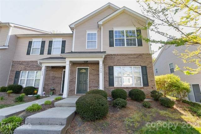 3060 Summerfield Ridge Lane, Matthews, NC 28105 (#3730516) :: The Premier Team at RE/MAX Executive Realty