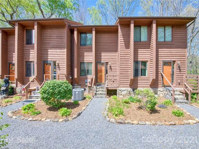 79 Riverside Villa Drive, Maggie Valley, NC 28751 (#3730569) :: Bigach2Follow with Keller Williams Realty