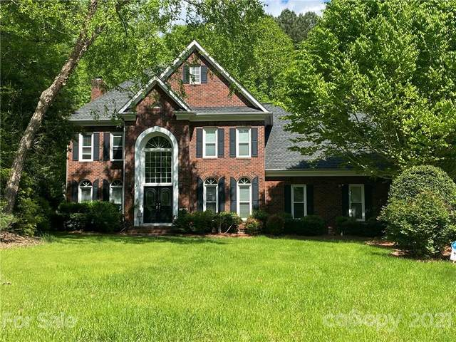 4436 Overlook Cove Road, Charlotte, NC 28216 (#3730626) :: Austin Barnett Realty, LLC