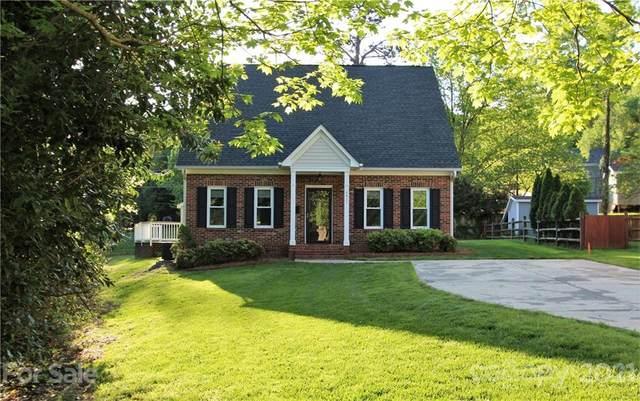 4911 Prentice Place, Charlotte, NC 28210 (#3730956) :: SearchCharlotte.com
