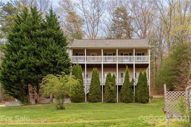 10 Country Road, Hendersonville, NC 28791 (#3731292) :: The Ordan Reider Group at Allen Tate
