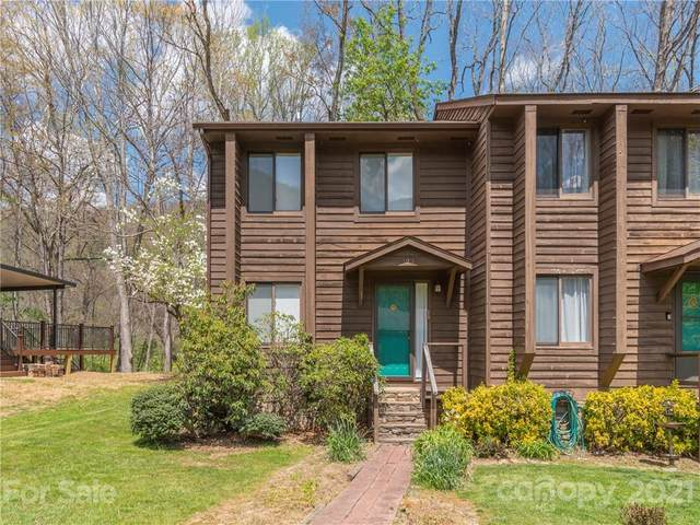 123 Riverside Villa Drive, Maggie Valley, NC 28751 (#3731403) :: Keller Williams Professionals