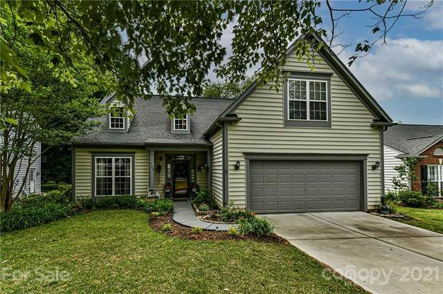 709 Clearbrook Road, Matthews, NC 28105 (#3731450) :: Puma & Associates Realty Inc.