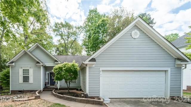 135 Broken Pine Lane, Mooresville, NC 28117 (#3731636) :: IDEAL Realty