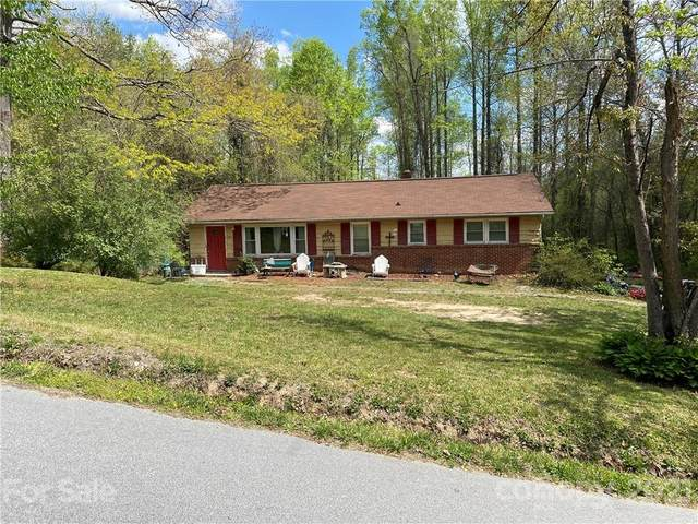 133 Glenwood Road, Hendersonville, NC 28791 (#3731688) :: NC Mountain Brokers, LLC