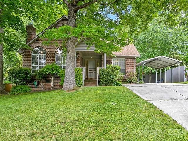 8215 David Lee Lane, Charlotte, NC 28227 (#3731903) :: Home and Key Realty