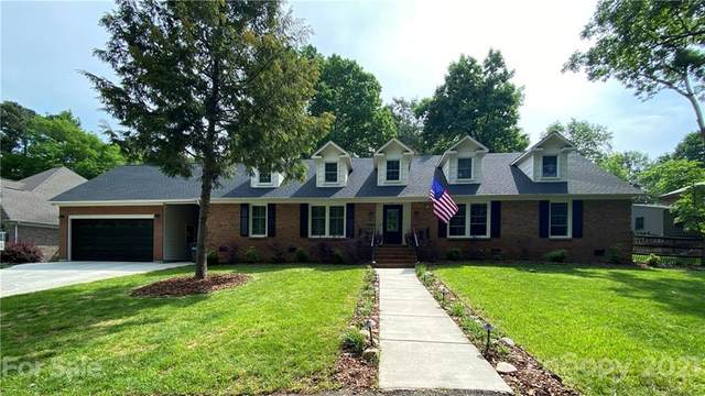 6123 Lake Providence Lane, Charlotte, NC 28277 (#3732478) :: Scarlett Property Group