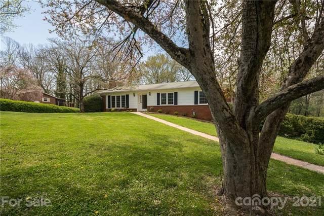 207 Applecross Lane, Hendersonville, NC 28791 (#3732501) :: Carlyle Properties