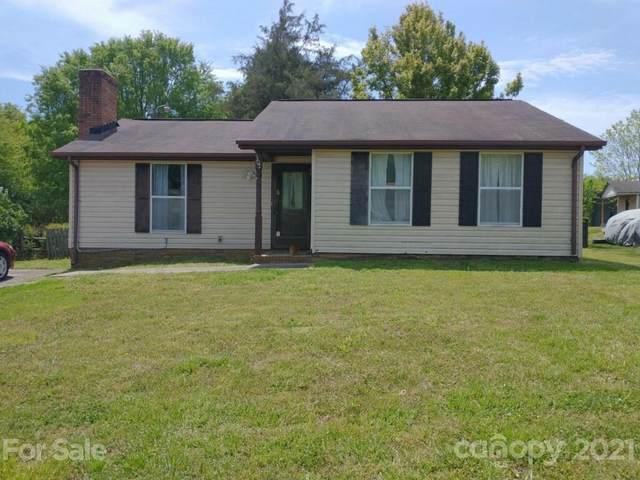 8307 Kapplewood Court, Charlotte, NC 28226 (#3732718) :: Willow Oak, REALTORS®