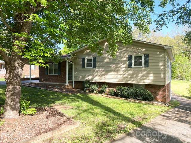2226 Olde Well Road, Hudson, NC 28638 (#3733440) :: Modern Mountain Real Estate
