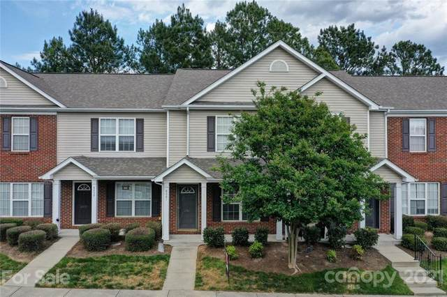 8061 Stoneham Court, Matthews, NC 28105 (#3733450) :: Stephen Cooley Real Estate Group