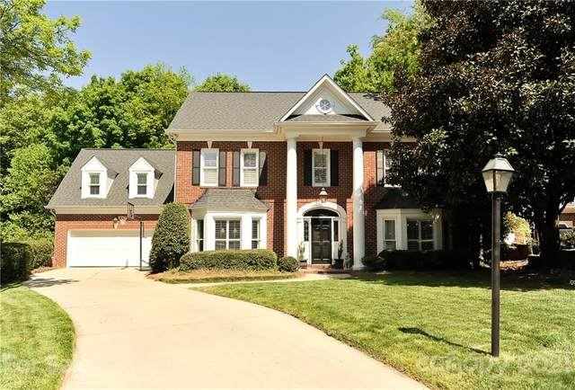 501 Sedgewood Lake Drive, Charlotte, NC 28211 (#3733540) :: Carver Pressley, REALTORS®