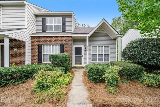 6017 Cougar Lane, Charlotte, NC 28269 (#3733678) :: The Ordan Reider Group at Allen Tate
