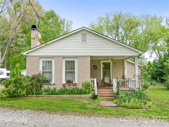 170 Prosperity Avenue, Hendersonville, NC 28792 (#3733731) :: Premier Realty NC