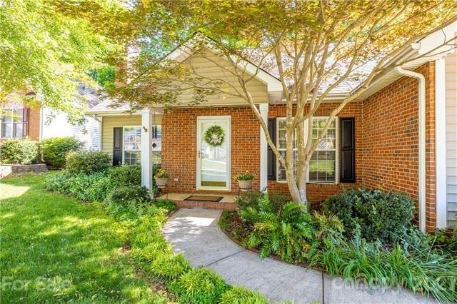 4308 Stonefield Drive, Charlotte, NC 28269 (#3733801) :: Stephen Cooley Real Estate Group
