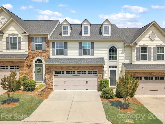 107 Inlet Point Drive, Tega Cay, SC 29708 (#3733822) :: SearchCharlotte.com