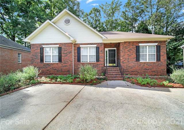 2209 Brook Crossing Court, Charlotte, NC 28212 (#3734192) :: LePage Johnson Realty Group, LLC