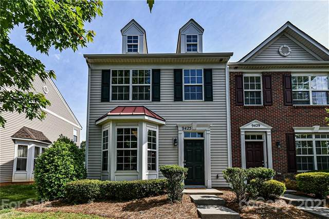 9425 Rosewood Meadow Lane, Huntersville, NC 28078 (#3734215) :: Mossy Oak Properties Land and Luxury