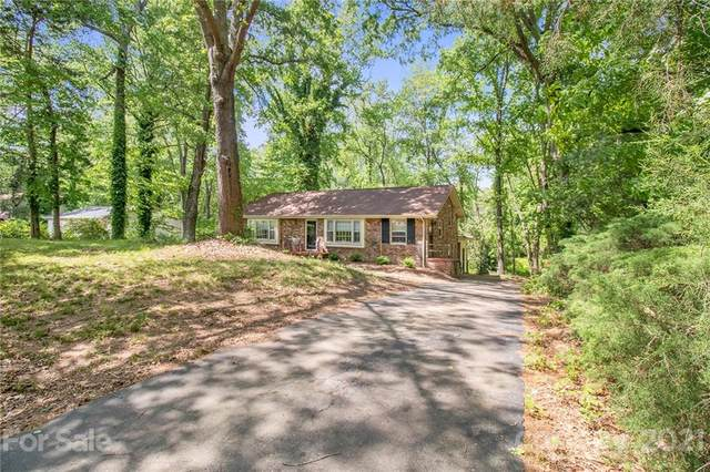 5711 Charing Place, Charlotte, NC 28211 (#3734529) :: Cloninger Properties