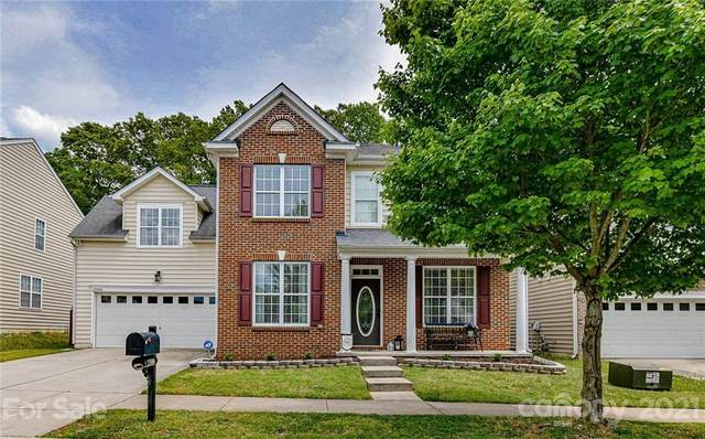 13506 Delstone Drive, Huntersville, NC 28078 (#3734664) :: The Sarver Group