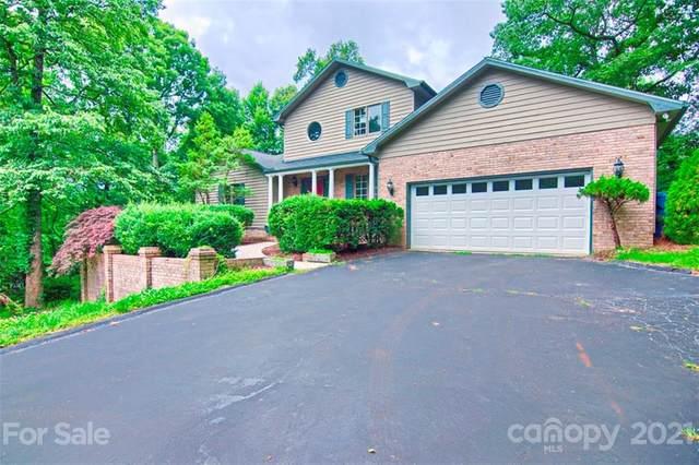 831 Sunlight Ridge Drive, Hendersonville, NC 28792 (#3734714) :: High Performance Real Estate Advisors