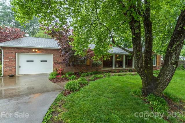 70 Pine Circle Drive, Black Mountain, NC 28711 (#3734867) :: Stephen Cooley Real Estate Group