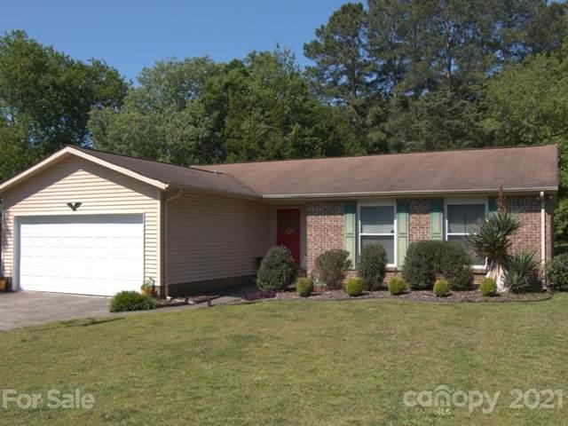 5832 Carpenter Drive, Charlotte, NC 28226 (#3734911) :: Keller Williams South Park
