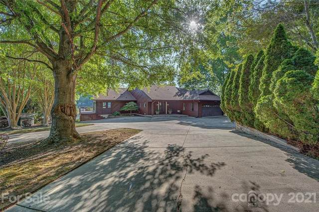 12601 Withers Cove Road, Charlotte, NC 28278 (#3734965) :: Keller Williams South Park