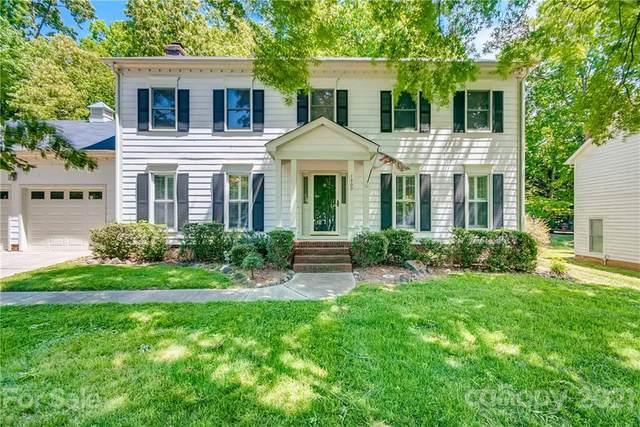 1309 Long Paw Lane, Charlotte, NC 28214 (#3735322) :: The Premier Team at RE/MAX Executive Realty