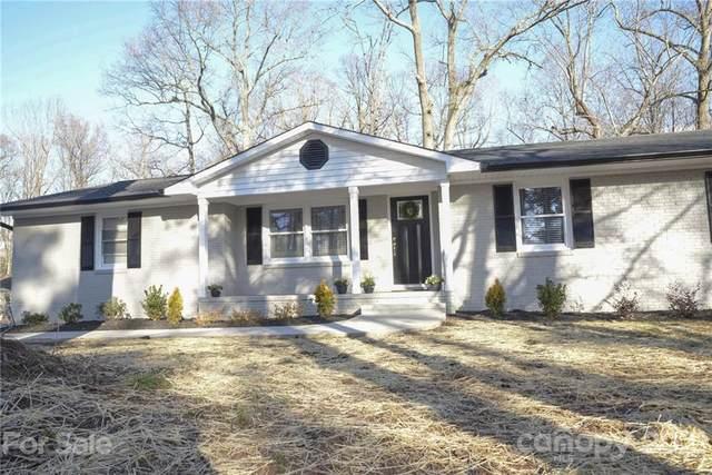1639 Wildlife Road, Charlotte, NC 28214 (#3735371) :: The Allen Team