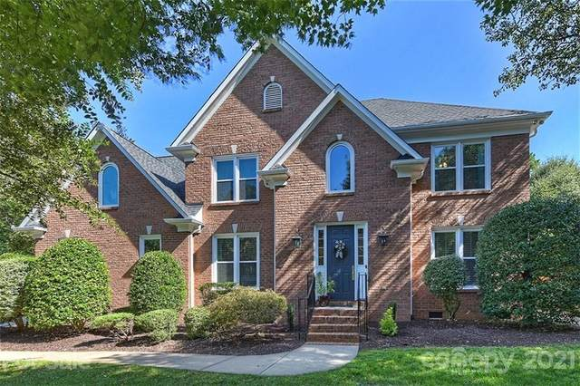 600 River Oaks Lane, Charlotte, NC 28226 (#3735384) :: Stephen Cooley Real Estate Group