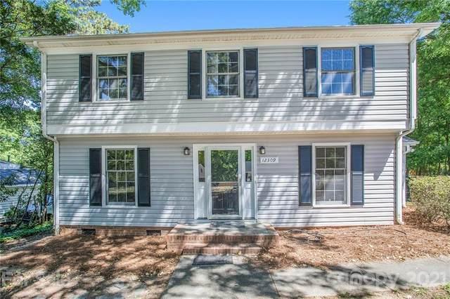 12309 Rock Canyon Drive, Charlotte, NC 28226 (#3735735) :: Cloninger Properties