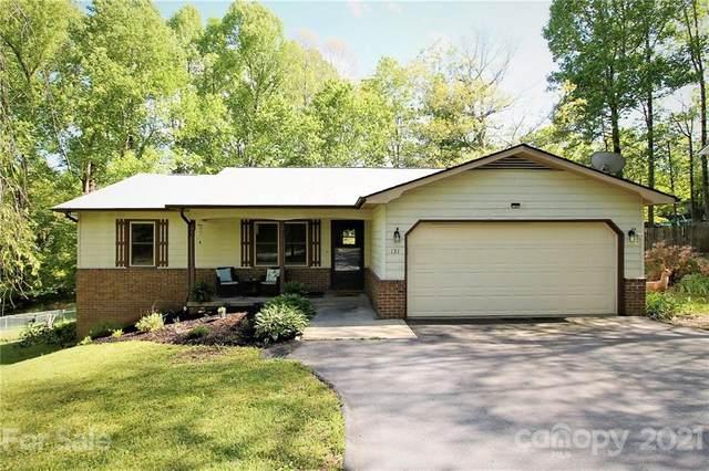 131 Apache Drive, Hendersonville, NC 28739 (#3735912) :: Willow Oak, REALTORS®